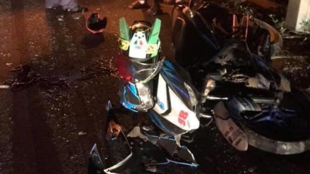 Bắc Giang: Đâm vào ô tô đỗ bên lề đường, hai thanh niên thương vong